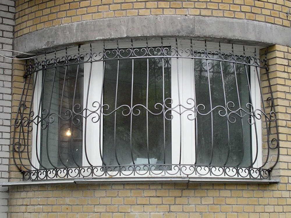 Услуги - решетки на окна - изготовление и монтаж.